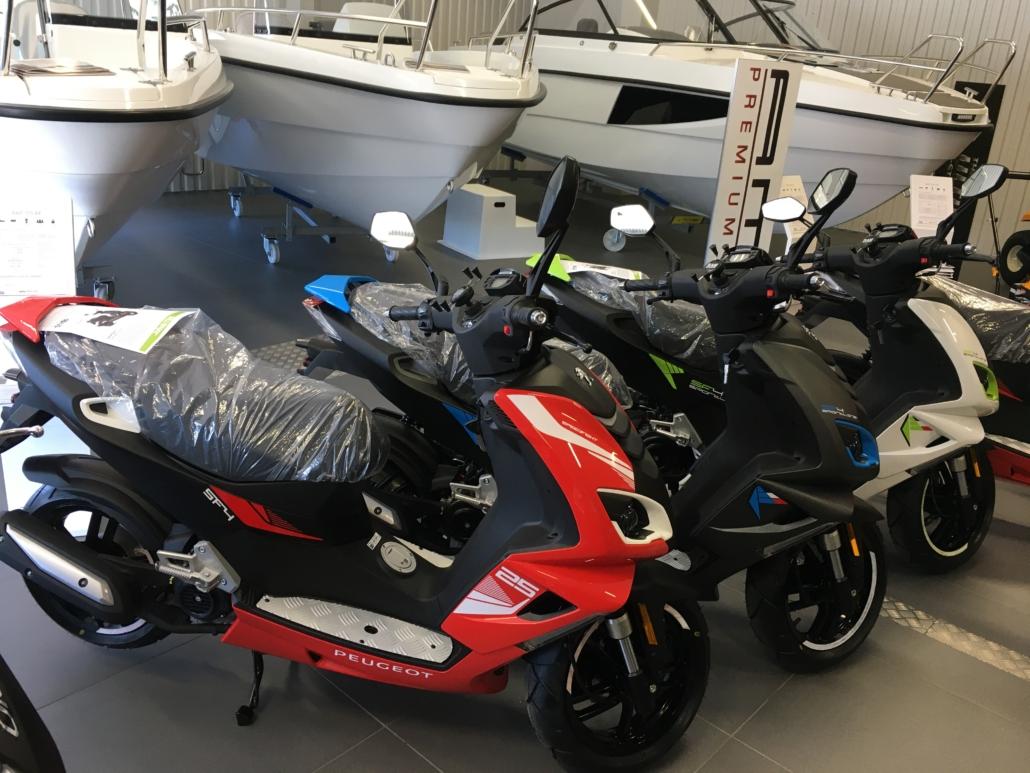 Peugeot moped. Köp hos Marin & Fritid i Strömstad
