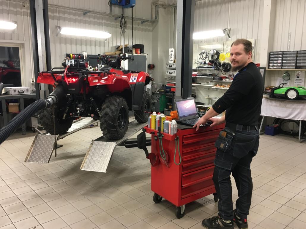 Auktoriserad serviceverkstad Honda. Marin & Fritid i Strömstad