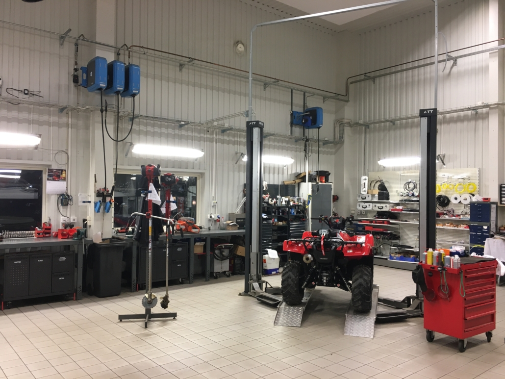 Honda ATV under service Marin & Fritid i Strömstad